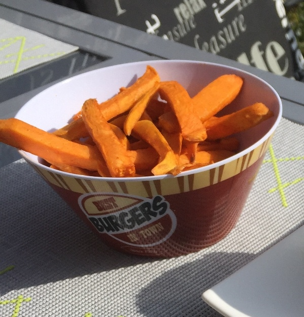 Süßkartoffelpommes aus dem Backofen