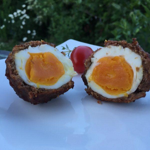 Schottische Eier Serviervorschlag